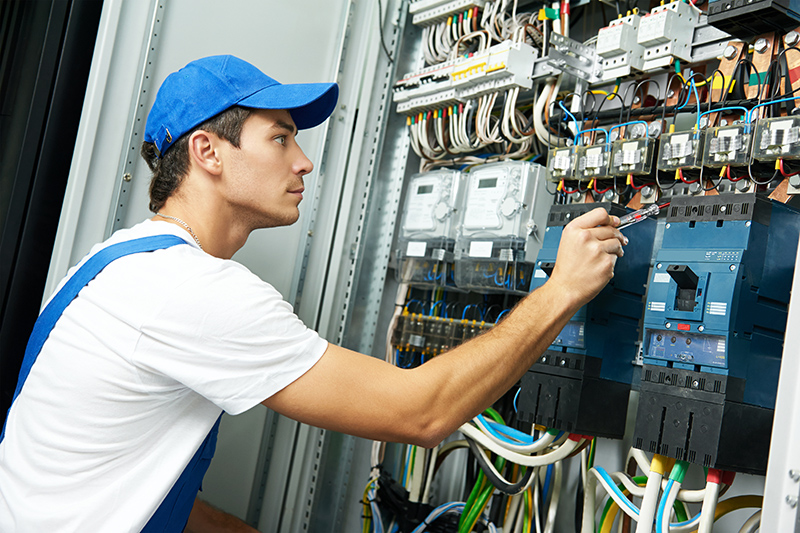 Domestic Electrician in Warrington Cheshire